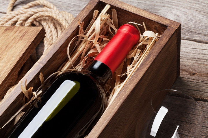 Protect Your Gift of Wine With Beautiful Wooden Wine Boxes